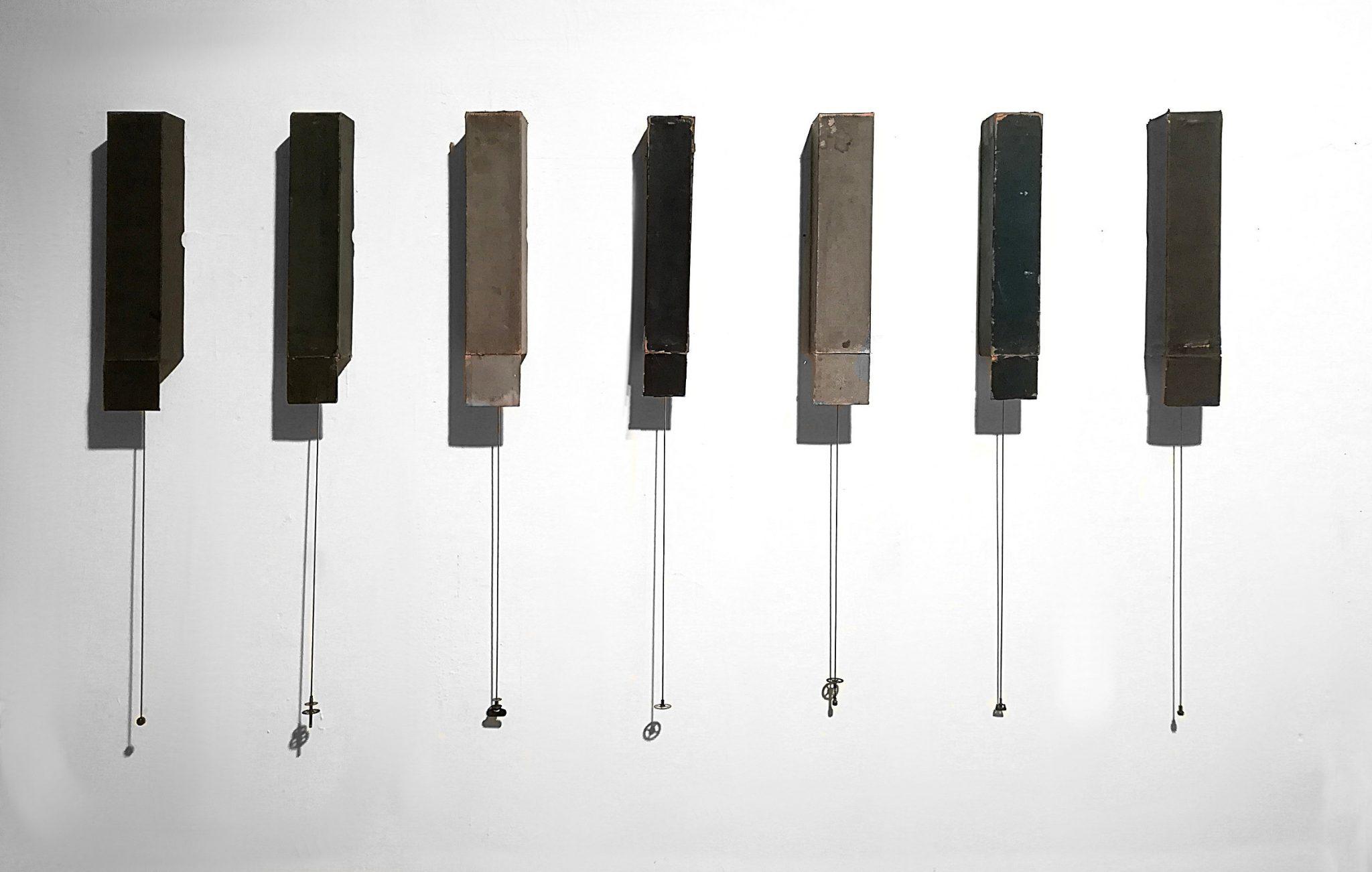 ArteFiera 2019 | Jacopo Mazzonelli: Pendulum Music, 2019 - scatole di rulli per pianola meccanica, meccanismi di orologi a pendolo, parti di orologio, 81x151,5x7cm |courtesy Galleria Giovanni Bonelli, Milano